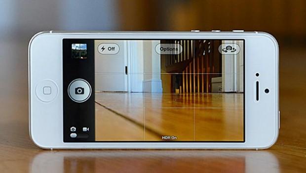Har du en iPhone5 (Ikke testet om det virker på iPhone4), så kan du nu benytte en ny feature. Du kan nu tage billeder, imens du filmer. Det kræver du […]